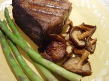 Pan Roast Steak with Browned Onions